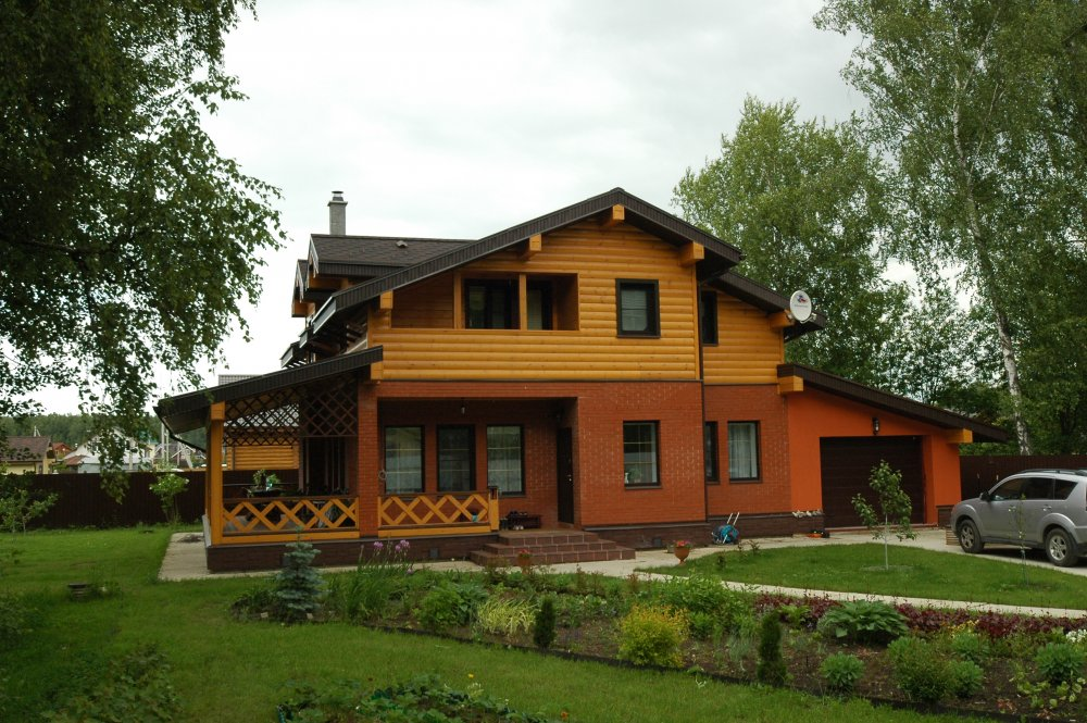 дом омбинированные дома построенный по проекту Вариант 26 Камень и Комбинированный фотография 5706